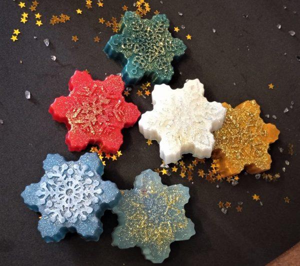 Snow flakes - Σετ 6 Σαπούνια Γλυκερίνης - Ξυλώδη Μπαχαρικά, Πεύκο & Πορτοκάλι
